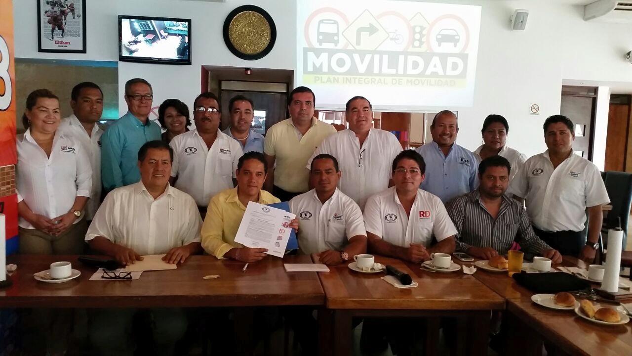 Reunión con el Candidato Evodio Velazquez